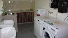 Laundry Facilities (Washing Machine & Dryer)